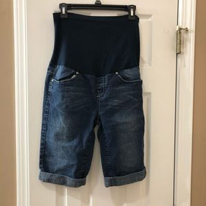 Pants - Maternity Bermuda shorts